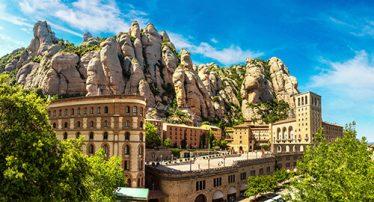 Montserrat paysage montagne