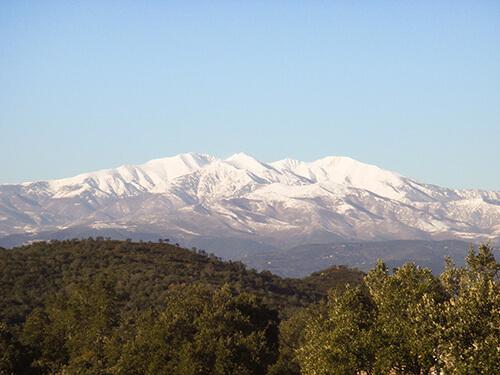 canigou neige montagne
