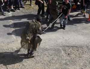 fête de l'ours tradition