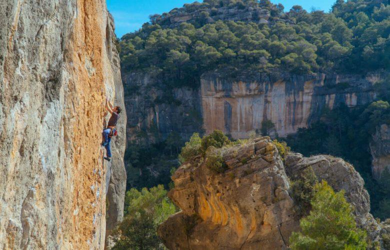 climb mountain catalunya