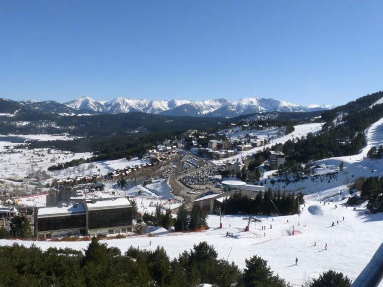 montagne Pyrénées orientales ski hiver