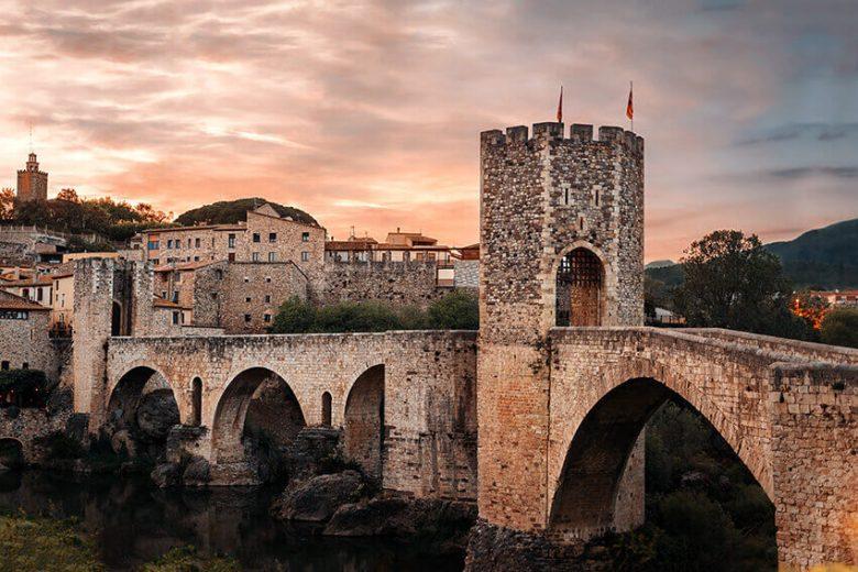 Découvrir village Catalogne du Sud