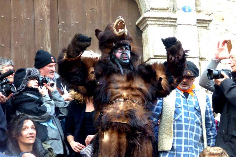 fete ours pyrénées orientales tradition
