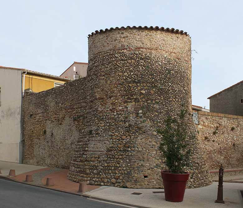 Monuments anciens Pyrénées Catalanes