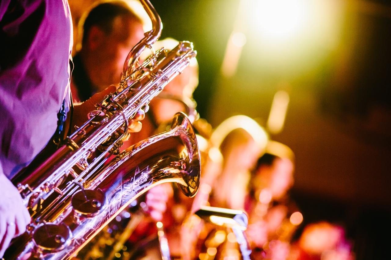musique saxo jazzy