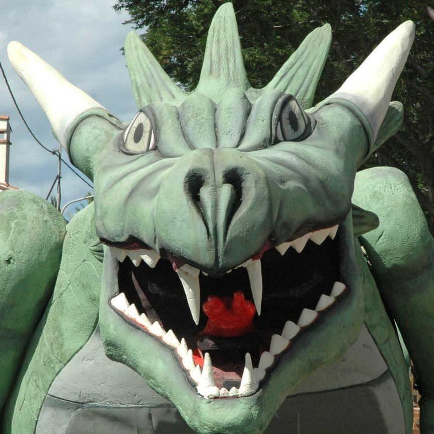 Dragon coutume locale visiter Pyrénées Orientales