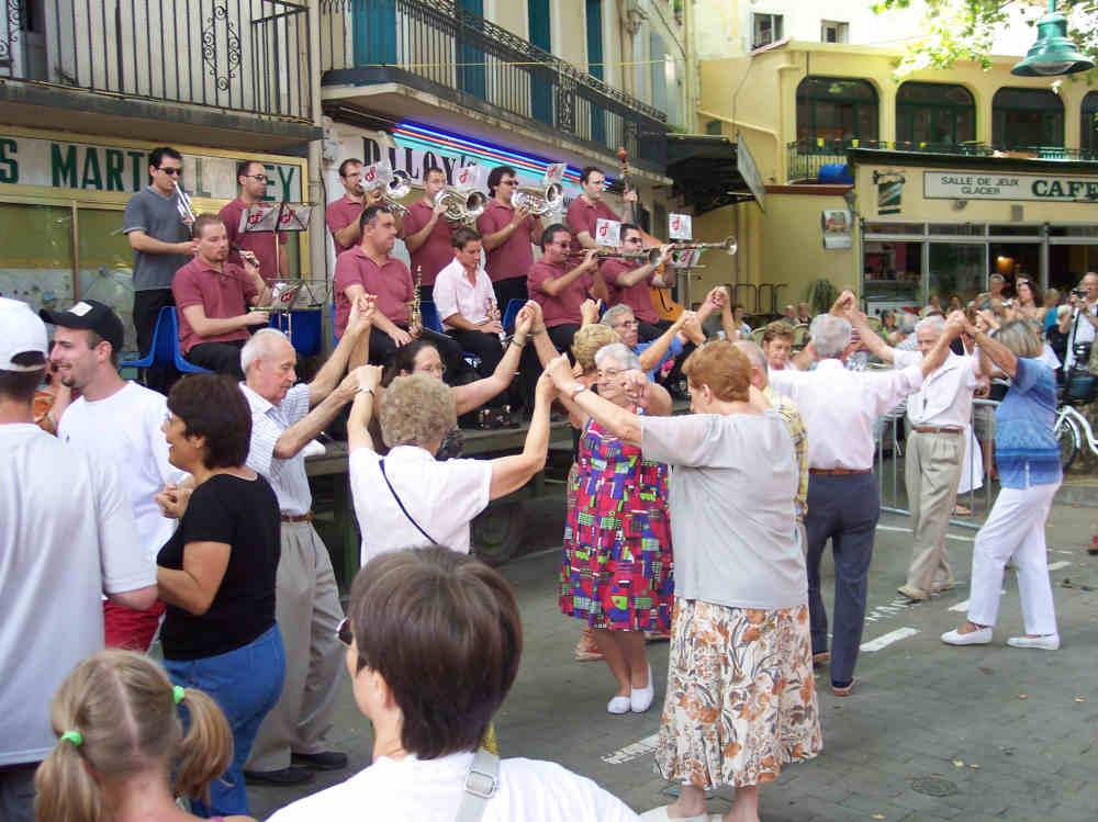 danse traditionnelle catalogne pays catalan