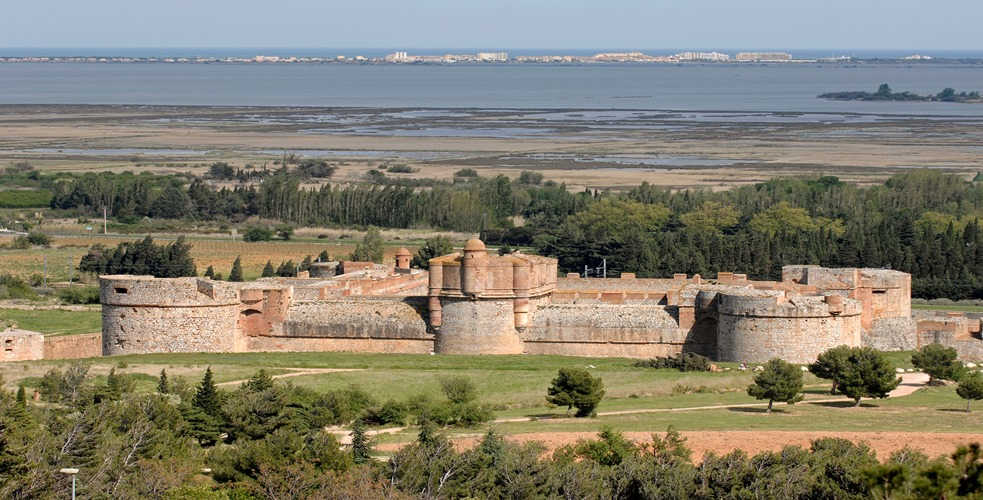 Village fortifié Pyrénées Orientales