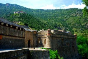 Village Pyrénées-Orientales région Occitanie