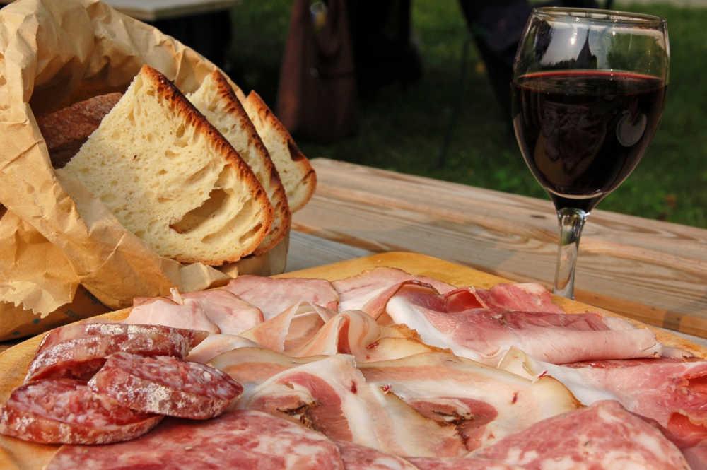 apéro pain vin pyrénées Orientales Occitanie gastronomie