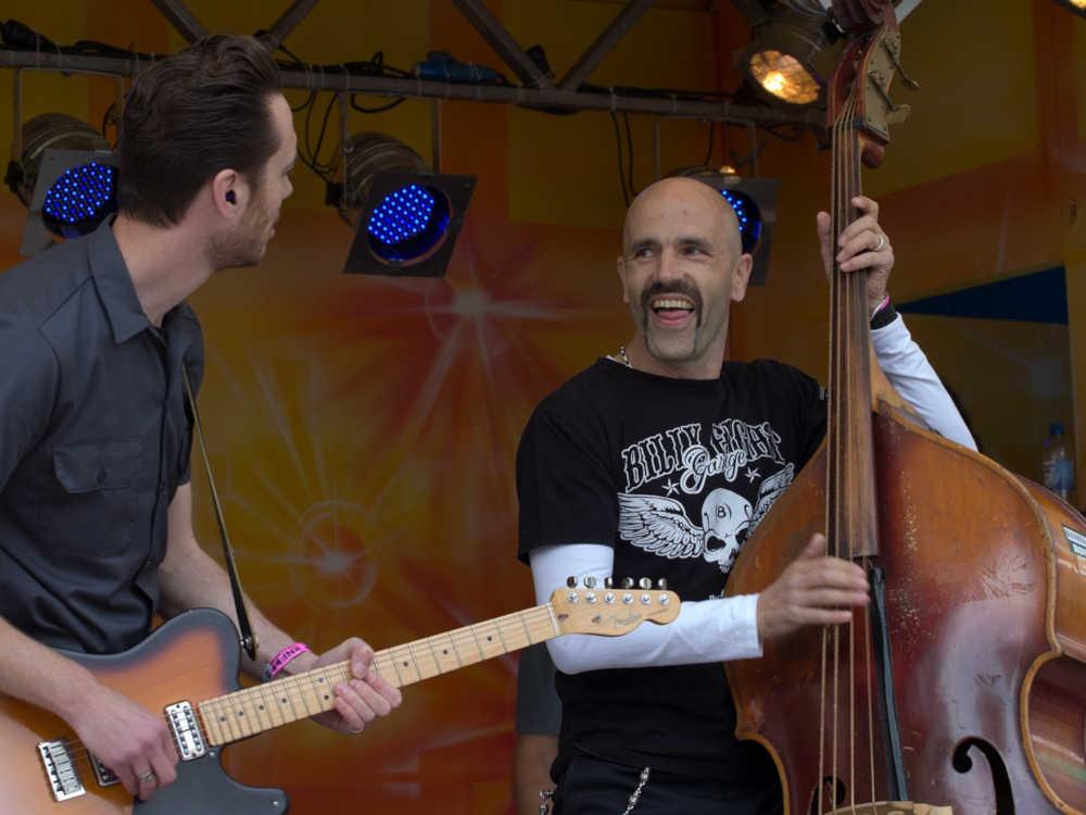 guitare festivités pays catalan