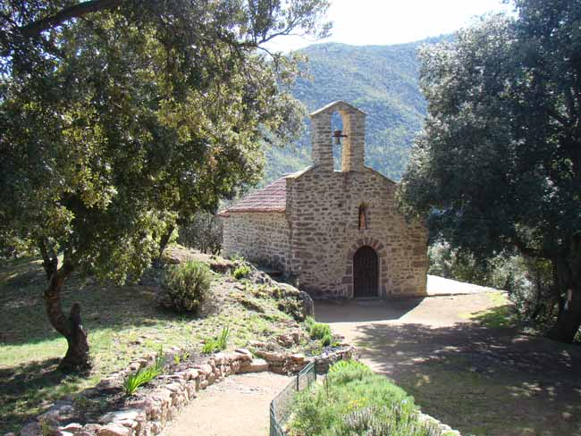 Découverte monuments religieux et randonnées Pyrénées Orientales