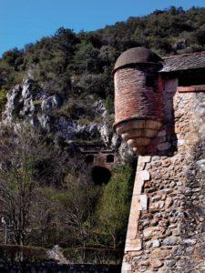 Vue grottes Cova Bastera