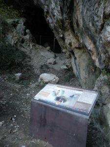 Villefranche grotte Fuilla