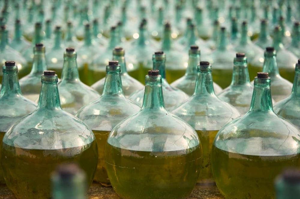 bouteilles vin sec catalogne pyrénées orientales