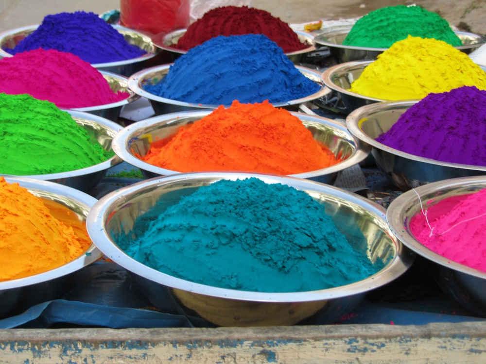 festivité indienne plat poudres
