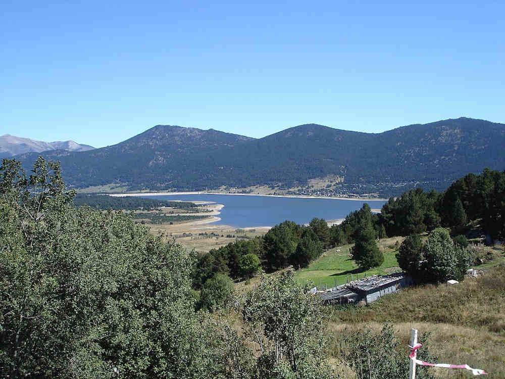 formigueres lac montagne pays catalan