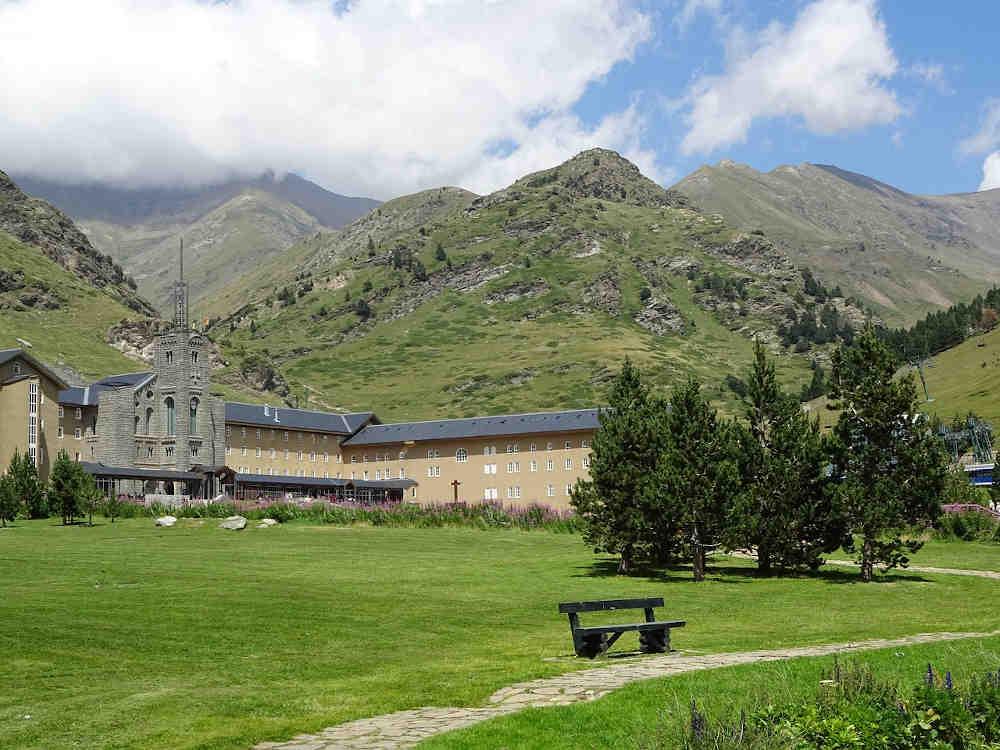 vallée de nuria tourisme nature catalogne espagne