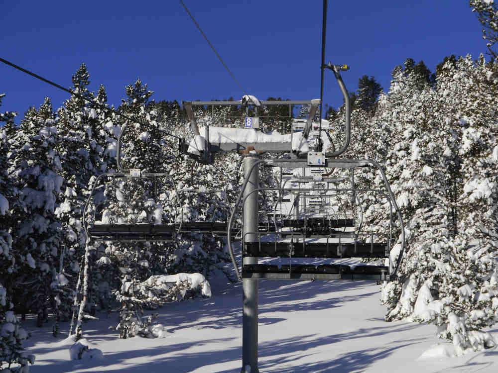pyrénées orientales neige domaine skiable
