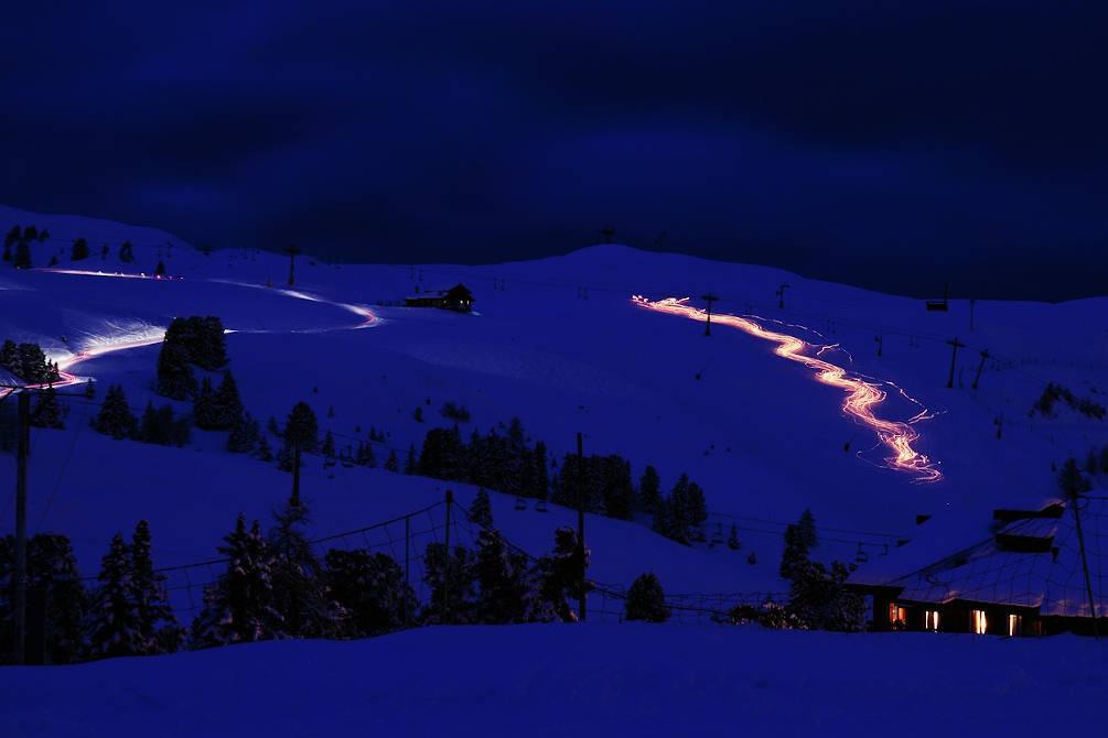 montagne nuit flambeaux catalans