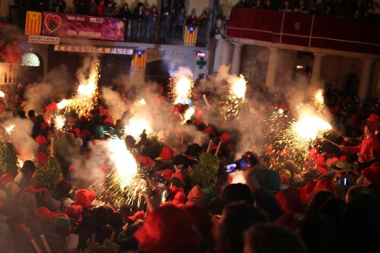 Fête Barcelone feu festivités catalogne vacances