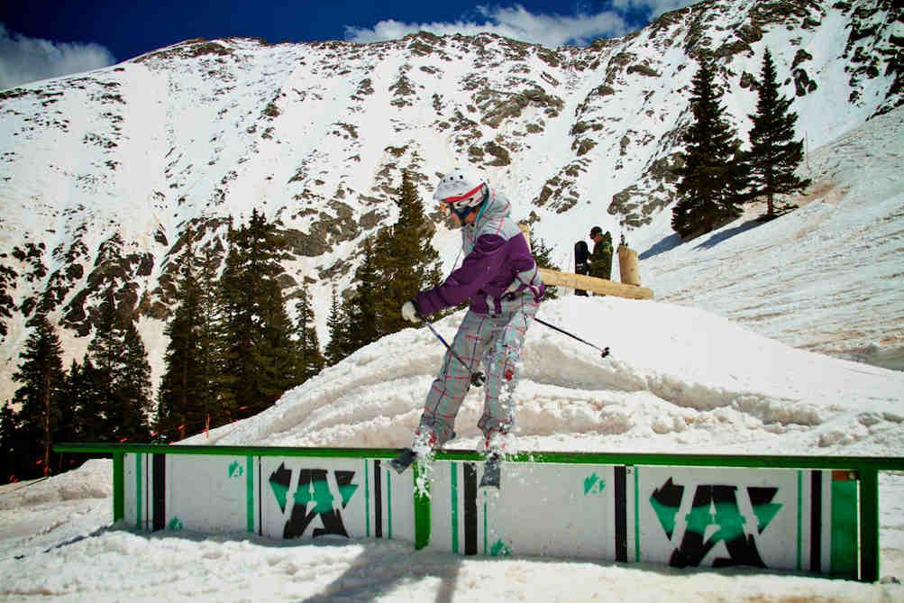 ski freeski freestyle montagne sport extrême sensation