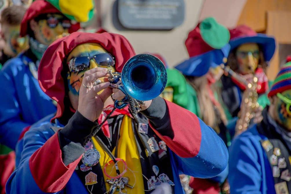 parade clown carnaval catalogne fête quoi faire pays catalan