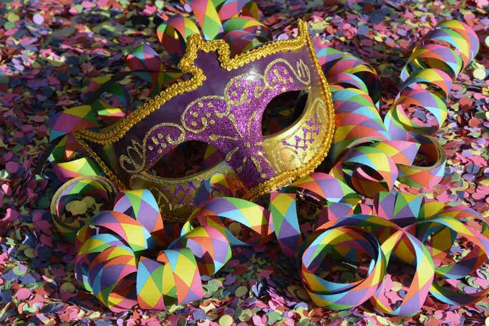 masque confettis carnaval