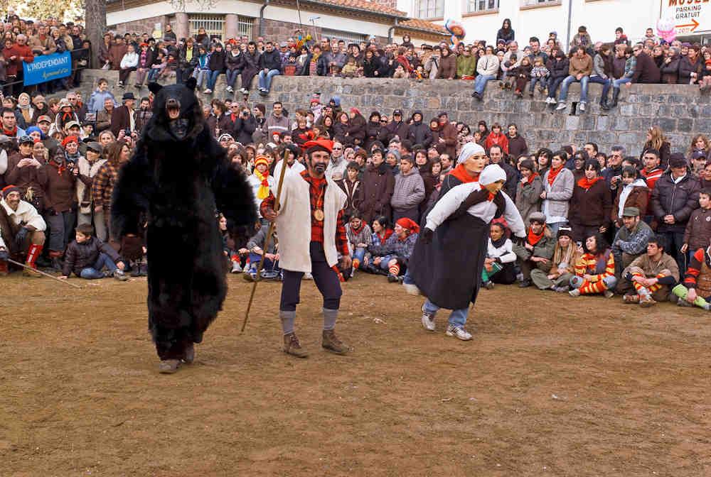 l'ours avec la monacaStLaurent