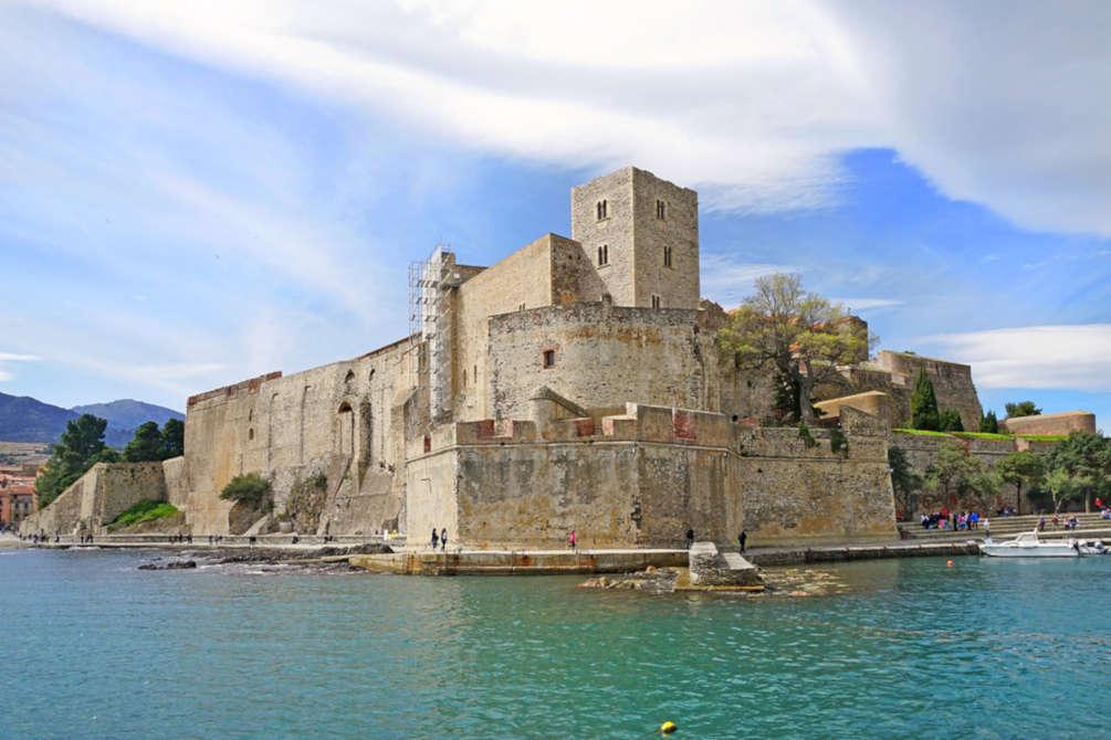 pays catalan pyrénées orientales lieu à visiter patrimoine