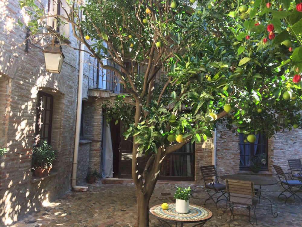 place village catalan pyrénées orientales