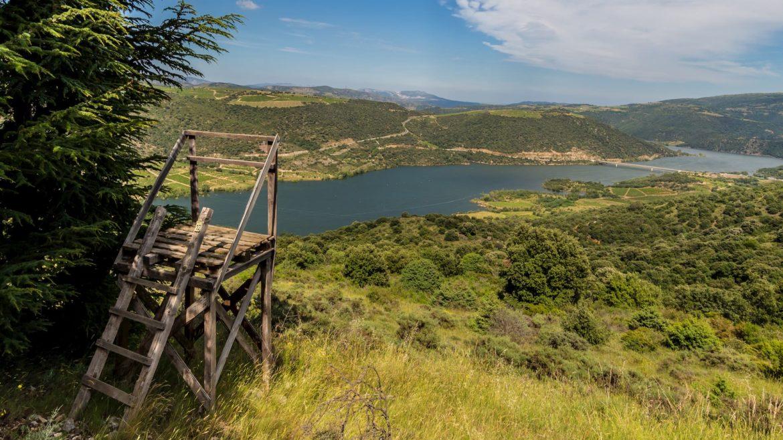 lac de caramany randonnée autour du grand rocher